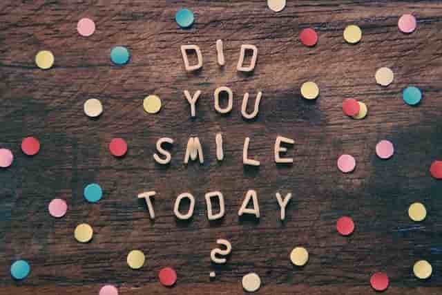 25+ Interesting Hidden Facts about Smile in Hindi